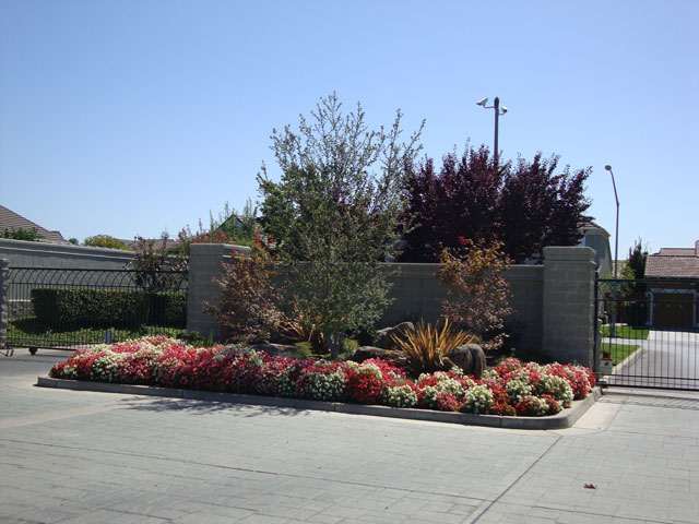 Horizon Landscaping Inc. - 1367 Crawford Road - Modesto, CA 95357 +1 (209)  523-4512. Copyright © 2010 Horizon Landscaping Inc. | site by TB. - Horizon Landscaping :: Image Gallery